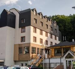 Hotel West 1