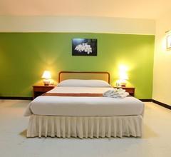 Regent Ramkhamhaeng And Apartment 1