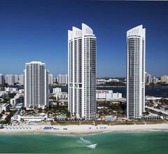 Trump International Beach Resort 2