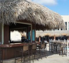 Newport Beachside Hotel & Resort 1