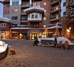 The Lodge at Mountaineer Square 2