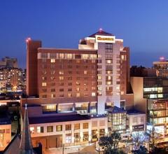 Sheraton LaGuardia East Hotel 2
