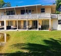 Flamingo Inn Bayside Suites 2