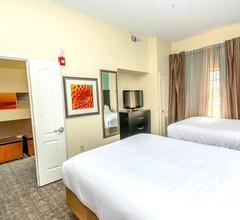 Staybridge Suites HOUSTON IAH - BELTWAY 8 2