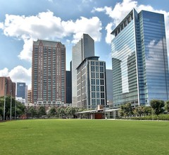 Holiday Inn Express Hotel & Suites Houston-Downtown Conv Ctr 1