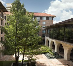 AT&T Hotel & Conference Center at the University of Texas 2
