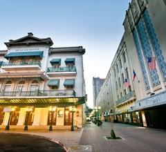 Menger Hotel 1