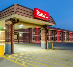 Red Roof Inn & Conference Center Wichita Airport 2