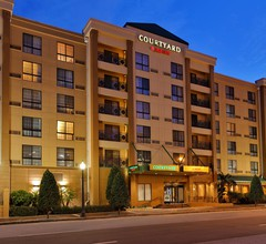 Courtyard By Marriott Tampa Downtown 1
