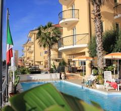 Lion's Hotel 2