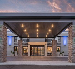 Holiday Inn Express & Suites Charlottetown 1