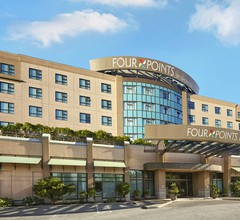 Four Points by Sheraton Vancouver Airport 2