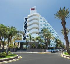 Hotel Riu Papayas 2