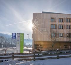 Explorer Hotel Zillertal 1