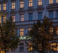 Myer's Hotel Berlin 2