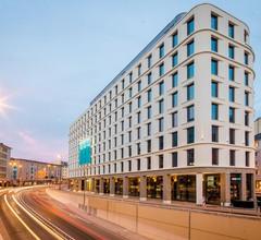Motel One Frankfurt-Römer 1