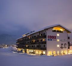 COOEE alpin Hotel Kitzbühler Alpen 1