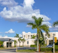 Holiday Inn Fort Myers - Downtown Area 1