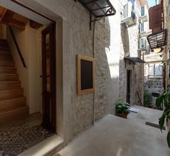 Guest House Tiramola 2