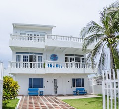 BY THE SEA GUEST HOUSE 2