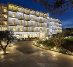 Vasia Royal Hotel 1