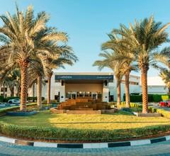 Le Meridien Dubai Hotel & Conference Centre 1