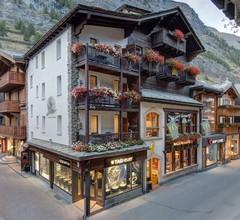 Alpine Lodge 2