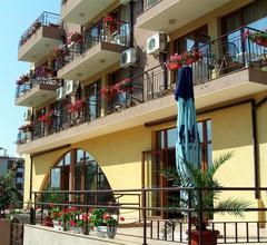 Family Hotel Kandrovi 1