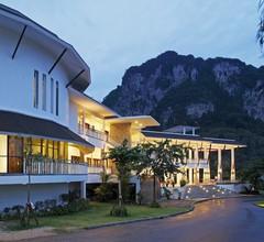 Peace Laguna Resort & Spa 1