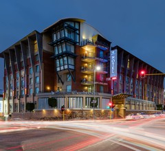 Protea Hotel by Marriott Cape Town Victoria Junction 1
