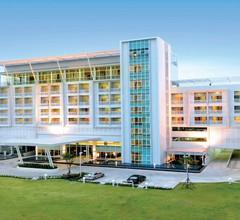 Kameo Grand Rayong Hotel & Serviced Apartments 1