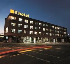 Kult-Hotel 1