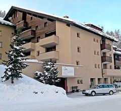 Aparthotel Chesa Munteratsch 1