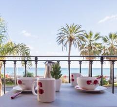 Galets d'Azur Promenade des Anglais 2