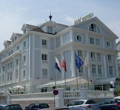 Hotel Hoyuela 2