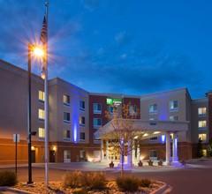 Holiday Inn Express & Suites Denver North - Thornton 1