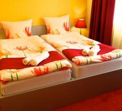 Hotel 108 1