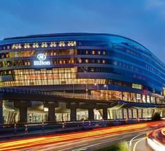Hilton Garden Inn Frankfurt Airport 2