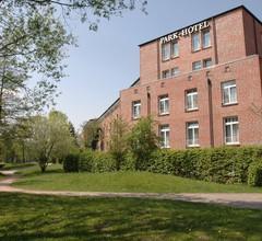 PLAZA Premium Parkhotel Norderstedt 1