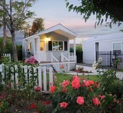 Arden Acres Executive Suites and Cottages 1