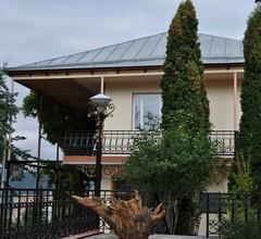 Casanova Inn 2