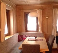 Ferienhaus Chasa Anguel Nr. 1, (Samnaun-Ravaisch). Ferienhaus für 8-9 Personen 1
