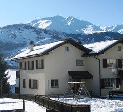 Ferienhaus Hauer, (Disentis/Mustér). 1015 Ferienhaus mit Bad/Dusche/WC für max. 10 Personen 1