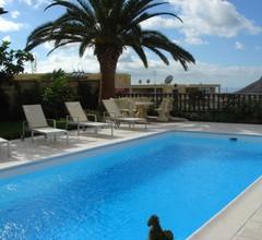 Luxuriöses Poolhaus mit Traumblick auf Meer, offener Wohn-/Essbereich 1