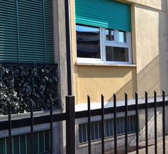 Angenehme Wohnung für 6 Leute mit W-LAN, TV, Innenhof, Haustiere erlaubt und Parkplatz 2
