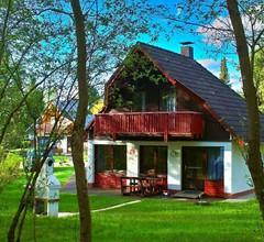 Ferienhaus für 6 Personen an Badesee 2