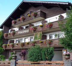 Ferienhaus Schamberger von 12 bis 20 Personen / mit Frühstück / Hauseigene Luftgewehrschießstände für Gäste im Gasthof 1