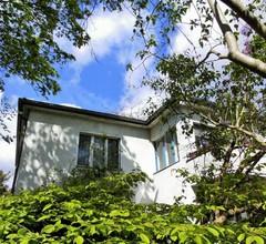 Kleine Villa West 1