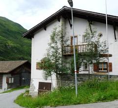 Panta rhei Schläpfer-Reiser, (Rueras/Sedrun). 953.01 Ferienhaus mit Dusche/WC für max. 12 Personen 2