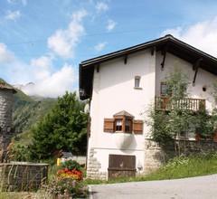 Panta rhei Schläpfer-Reiser, (Rueras/Sedrun). 953.01 Ferienhaus mit Dusche/WC für max. 12 Personen 1